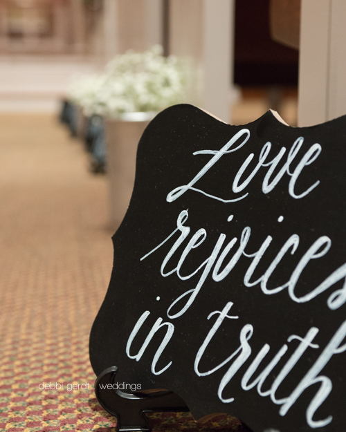 wedding ceremony chalk board aisle markers Wedding Photographer Cleveland Athens Tennessee