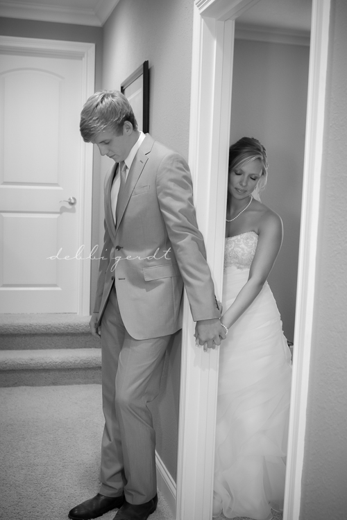 Athens Cleveland Tennessee Wedding Watts Bar Lake First Look Bride Groom Photographer