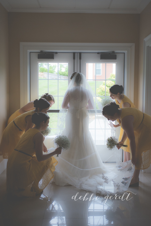 bridesmaids cleveland wedding photographer